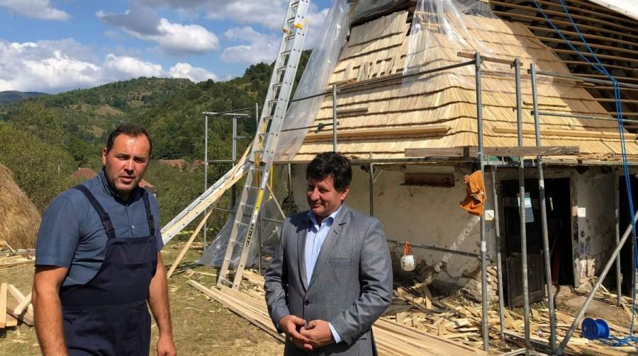Biserica din Luncșoara restaurată și cu ajutorul Consiliului Județean Arad
