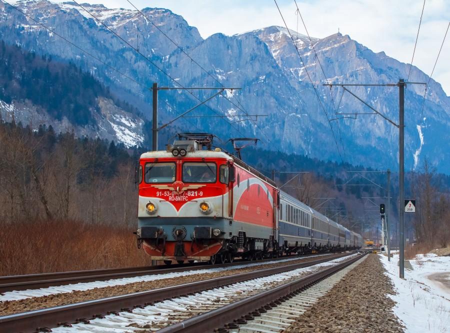 Bilete la tren cu până la 35% mai ieftine pentru călătoriile din weekend