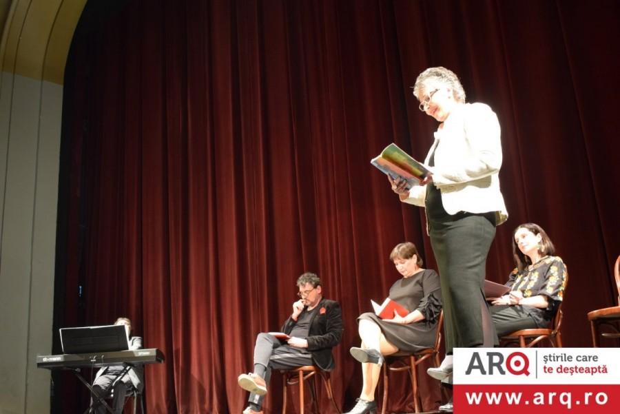 Șase artiști arădeni au provocat publicul la ... poezie