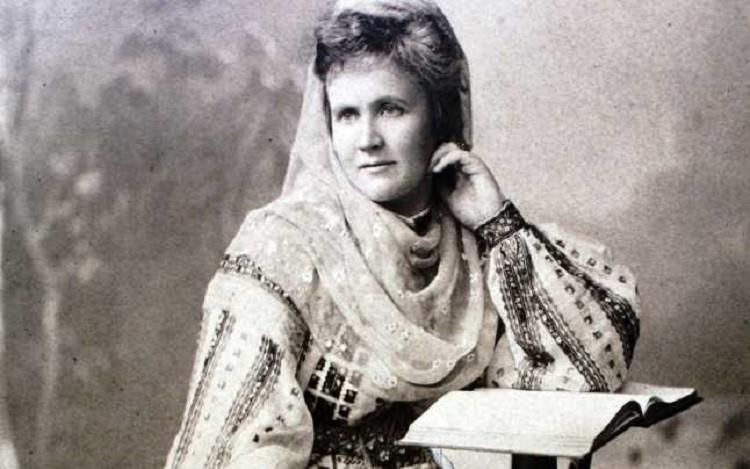 Testamentul unei Regine. Poeta, scriitoarea, protectoarea artelor, mama răniților: Regina Elisabeta a României