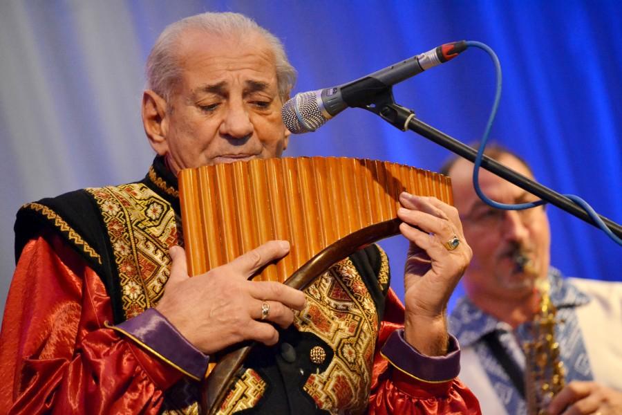Maestrul Gheorghe Zamfir împlinește astăzi 79 de ani