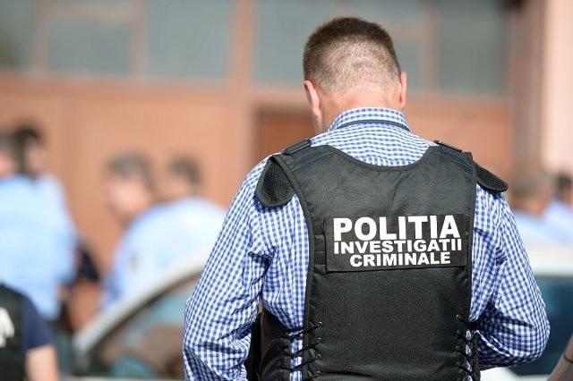 Arădean condamnat pentru furt prins de poliţişti la Vinga