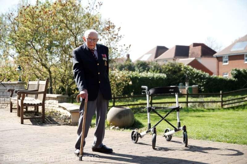 Cum a reușit un veteran de război din Marea Britanie să strângă 12 milioane de lire în beneficiul personalului sanitar