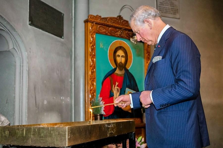 """Prințul Charles, mesaj pentru români: """"Vă doresc un Paşte Fericit şi vă spun că sunteţi în gândurile şi rugăciunile mele"""""""