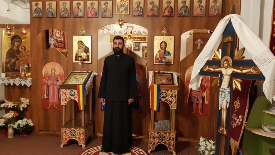 """Oamenii de lângă noi. Părintele Petru Ursulescu și povestea """"bisericuței"""" dintre blocurile de la Podgoria"""