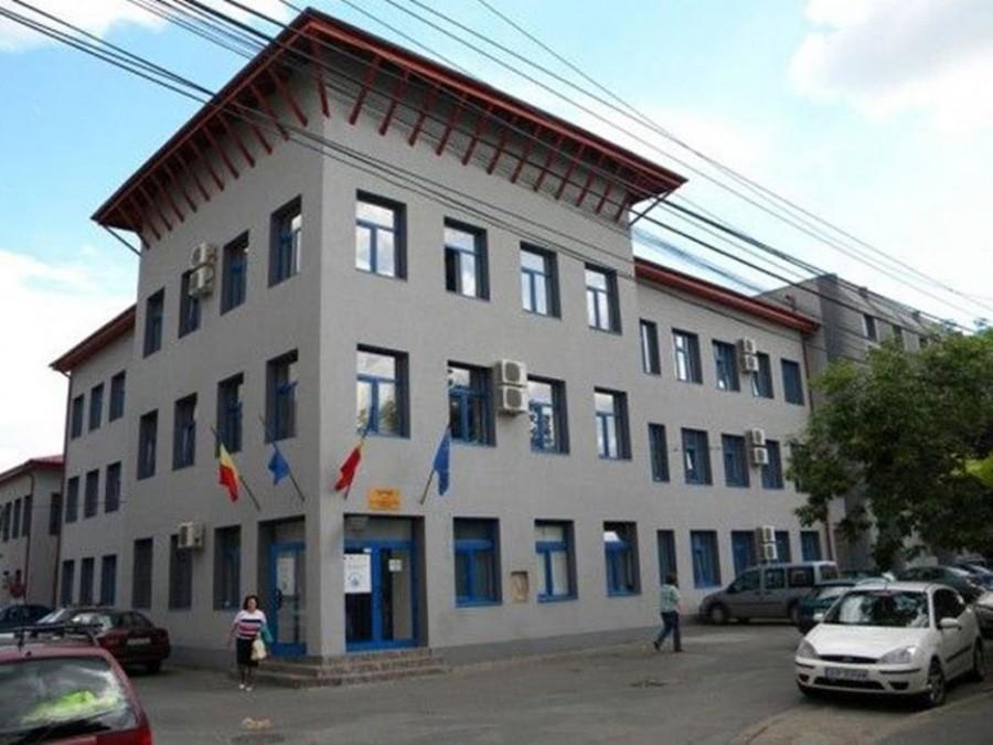 Accesul clienților în sediul Companiei de Apă Arad, restricționat total
