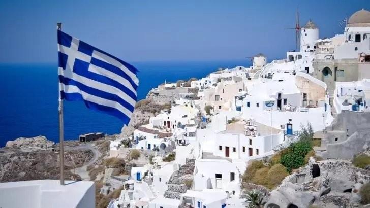 Grecia: Interdicțiile și restricțiile pentru mai multe ţări, EXTINSE până la finalul lunii august. Este VIZATĂ și România