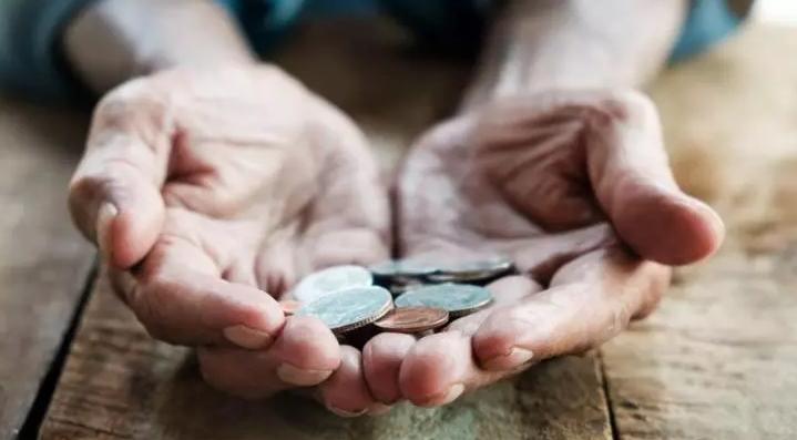 Este oficial. Pensiile se majorează de la 1 septembrie. Punctul de pensie crește la 1.442 de lei