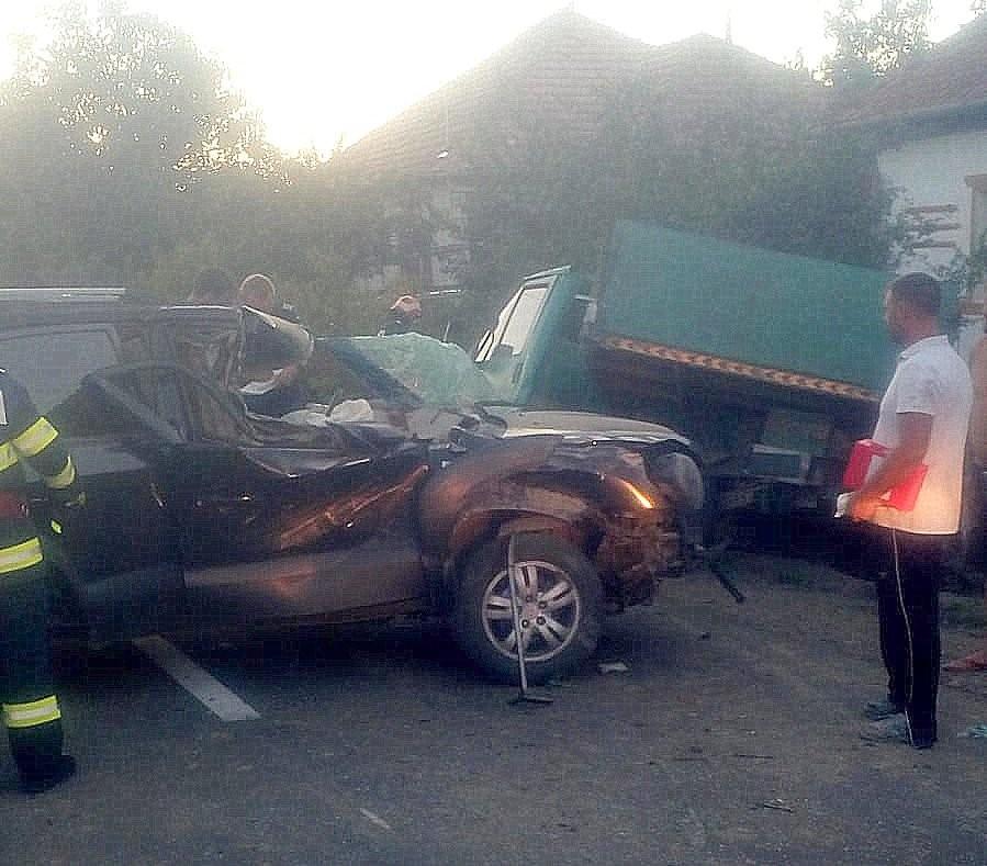 Accident auto la Carand
