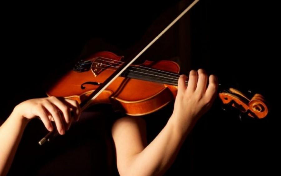 Concursul George Enescu: 8 tineri violoniști sunt semifinaliști în secțiunea Vioară