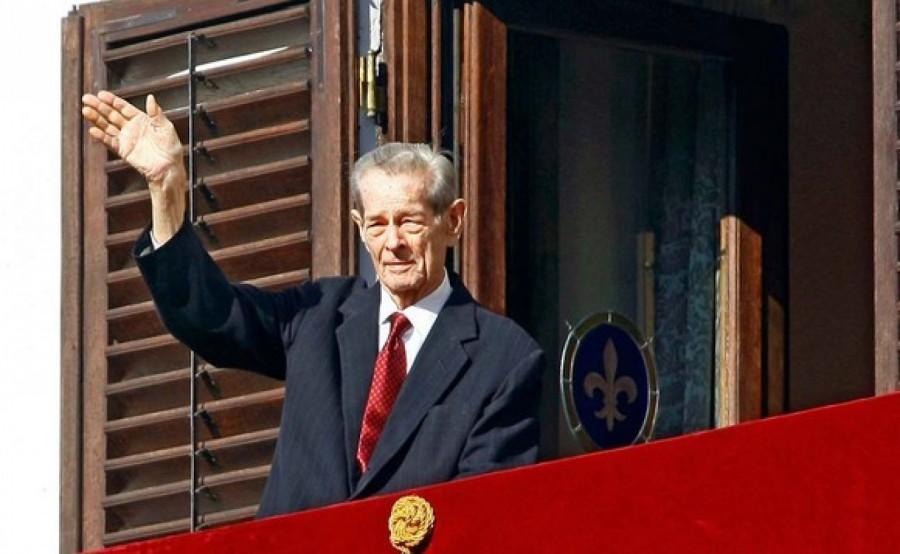 O statuie a Regelui Mihai va fi dezvelită anul viitor la Sinaia, cu prilejul centenarului naşterii acestuia
