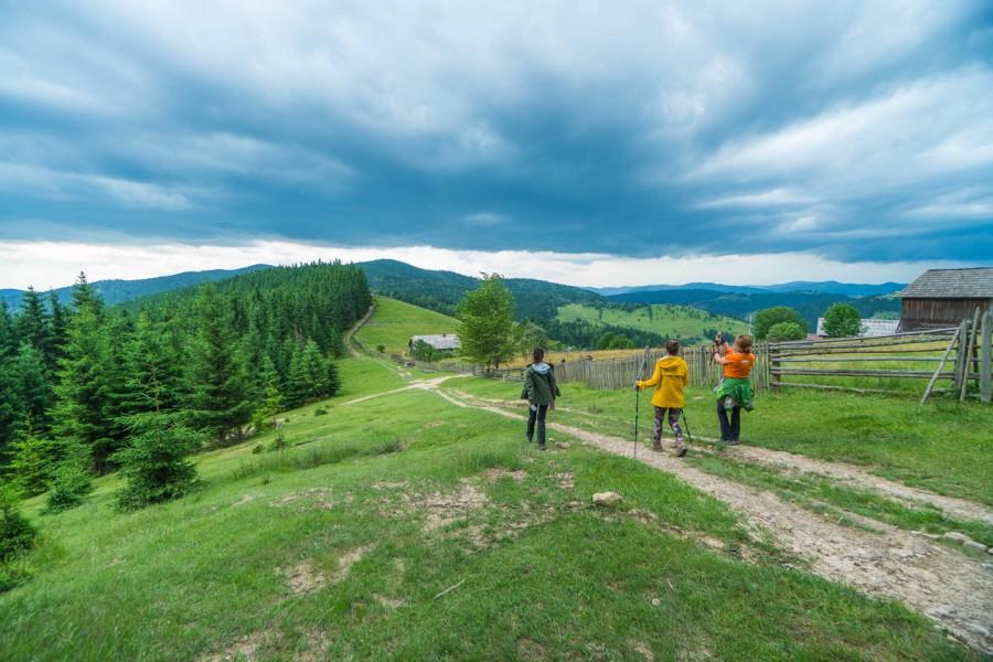 Tăşuleasa Social şi fraţii Uşeriu pregătesc primul maraton pe traseul Via Transilvanica
