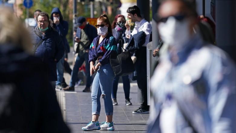 Ungaria renunță la măști și la restricțiile de circulație pe timp de noapte