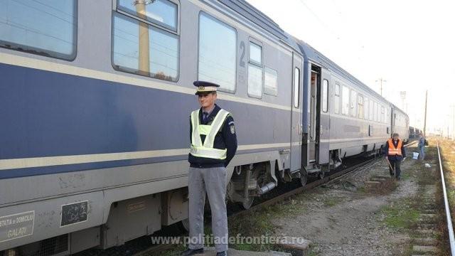 O femeie s-a legitimat cu un document fals în trenul care se îndrepta spre Ungaria