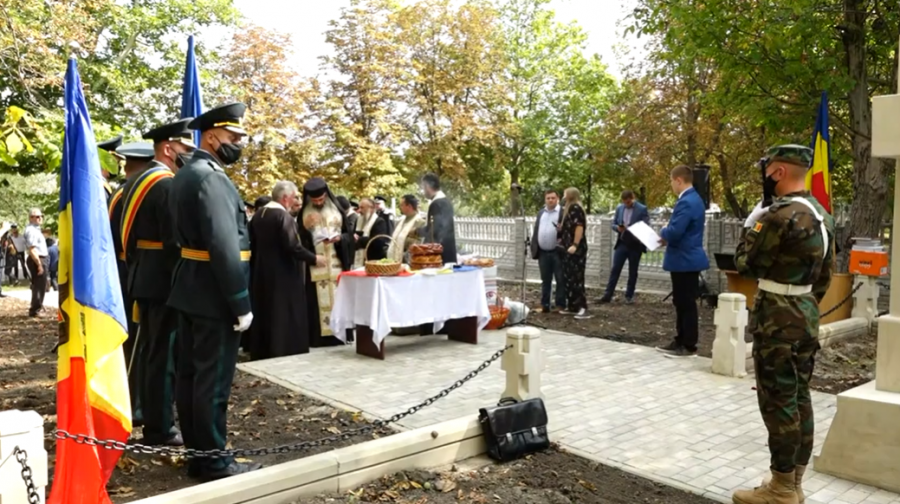 Cimitirul Eroilor Români de la Fălești, inaugurat cu ocazia împlinirii a 80 de ani de la eliberarea Basarabiei de către Armata Română